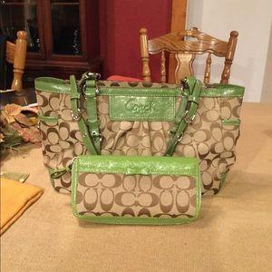 Coach handbag purse & matching wallet